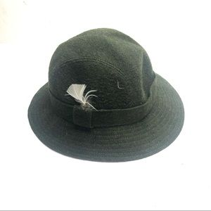 Vintage Burberry wool hat army green